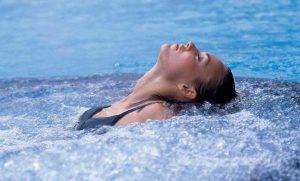 Отдых в термальном источнике Жемужный