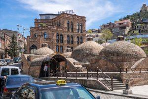 Гостиница в старинном стиле в Тбилиси